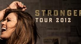 Кели Кларксън направи страхотен концерт в Холивуд