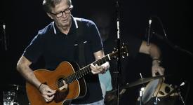 Ерик Клептън почита Авичи с песен