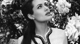Анджелина Джоли - толерантна към възрастните