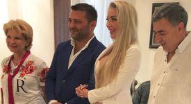 Антония Петрова празнува годишнина от сватбата