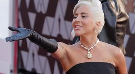 Хит или Шит: Лейди Гага с розова коса