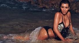 Топ 10 снимки на Ким Кардашян по бански