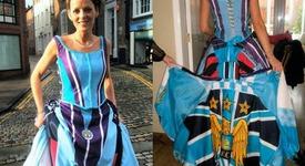 Англичанка се омъжи в рокля, направена от футболни тениски