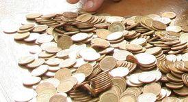 Омъстителен работодател даде 18кг. стотинки за заплата на своя подчинена