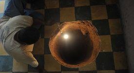 Огромна дупка се отвори под леглото на пенсионерка (+снимка)