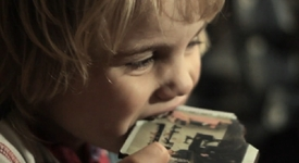 За по-сладки спомени – снимки върху шоколад (+видео)