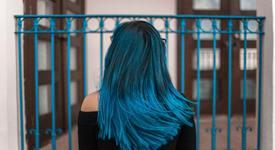 Хит: Коса в ледено синьо