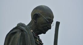 Няколко мъдрости на големия Махатма Ганди за живота и света