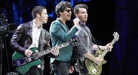 Правят филм за Jonas Brothers