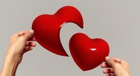 Топ 3 зодии, които ще ви разбият сърцето