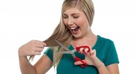 Защо късата коса не е добра идея за момичешка прическа