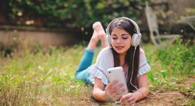 4 зодии, които не могат да живеят без музика