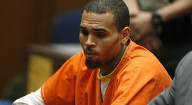 Крис Браун излезе от затвора
