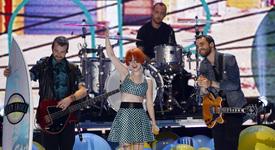 Paramore вече няма да изпълняват Misery Business