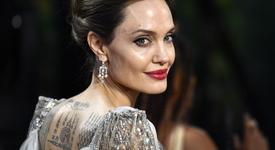 Анджелина Джоли се мести в Лондон с децата