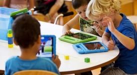Влез в час: Аналогови родители и дигиталните им деца