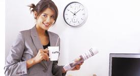 Как да се държиш, ако си най-младият колега в офиса?