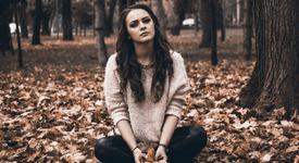 Връзка: Социалните медии и депресията при тийнейджъри