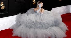 Ариана Гранде вдига сватба през лятото