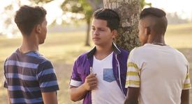 Eлектронните цигарите превръщат тийнейджърите в активни пушачи