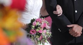 Китаец осъди съпругата си заради грозотата ѝ
