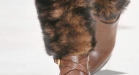 Последен 'писък' на модата - екокожа с косми