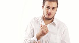Защо трябва задължително да имаме бяла риза в гардероба си? [част втора]
