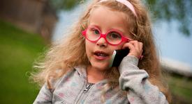 Пуснаха на пазара мобилен телефон, предназначен за малчугани