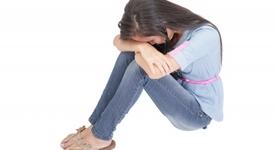 Как да помогнеш на приятел да преодолее раздяла с гадже