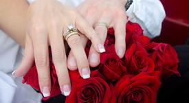 Браковете по сметка – все по-редки сред жените