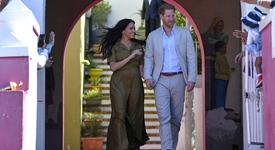 Меган и Хари - съседи на Адел, показаха дома си