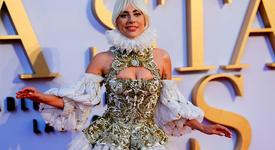 Лейди Гага призна, че е сгодена
