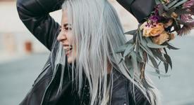 Опушено сиво: Цветът на косите за 2019 г.