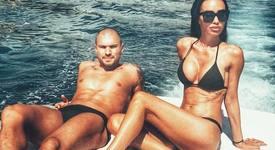 Морски рай за Божинов и Биляна Дол