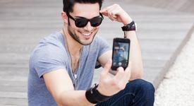 Все повече хора са пристрастени към смартфона си