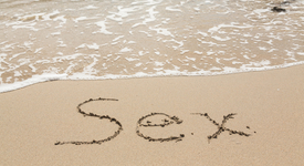 Защо хората правят най-много секс през август?