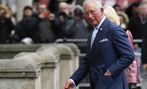 Принц Чарлз много иска да види внучката си