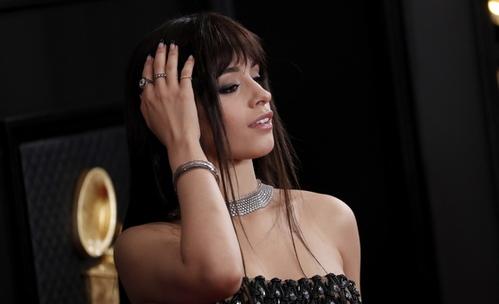 Камила Кабело отряза косата