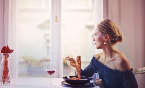 За отслабване: В колко часа и какво да ядем?