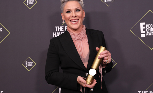 Пинк, Дженифър Анистън, Зендая - победителите на People's Choice Awards
