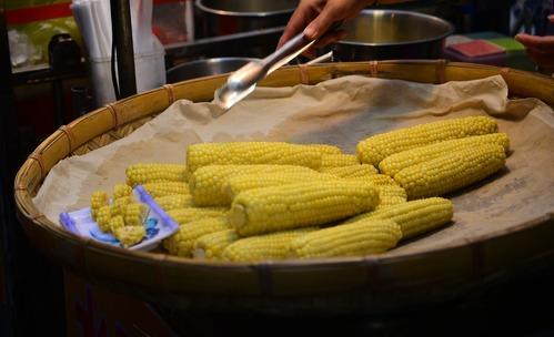 4 причини да ядете царевица