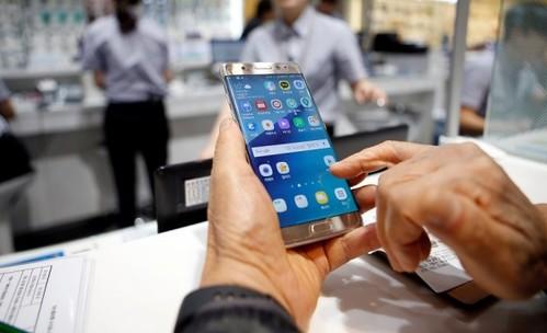 Защо се запалват смартфоните Galaxy Note 7?