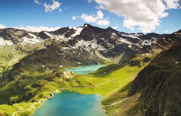 Топ 3 на зодиите, които най-много обичат планината