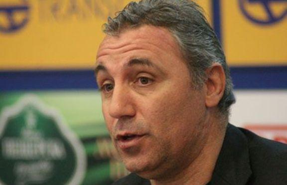Христо Стоичков осиновил дете през 2001 година