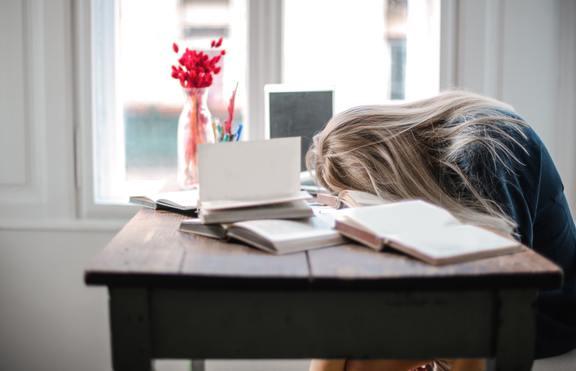 Умора в социалната изолация - как да я преборите?
