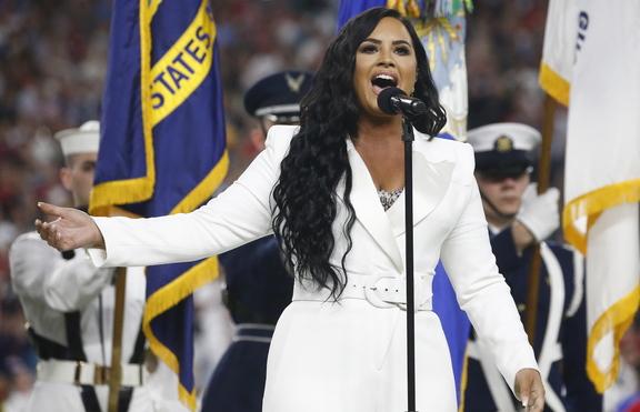 След свръхдозата: Деми Ловато не знаела дали отново ще може да пее