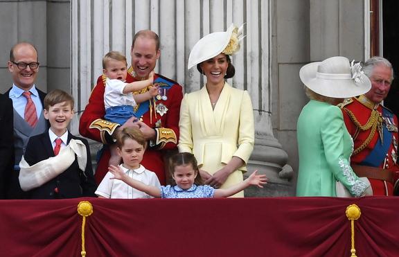 Принц Джордж е любимецът на кралица Елизабет