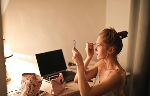 Навици, които вредят на кожата