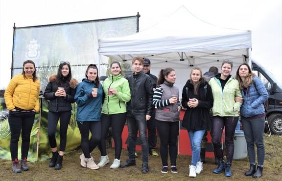 Студенти на ВУЗФ засадиха дръвчета в Новата гора на София