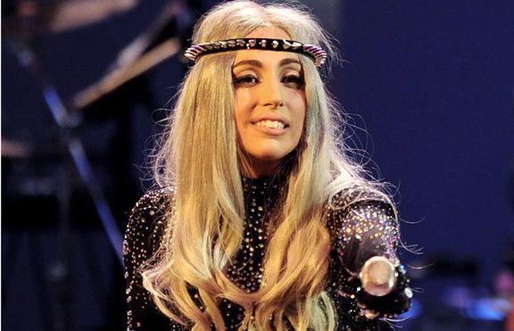 Лейди Гага се застъпи за Адел